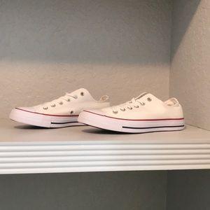 New Women's converse size 9